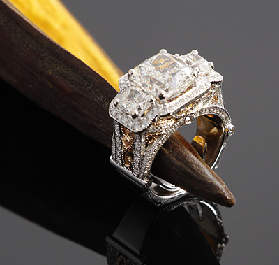 diamond-custom-engagement-ring