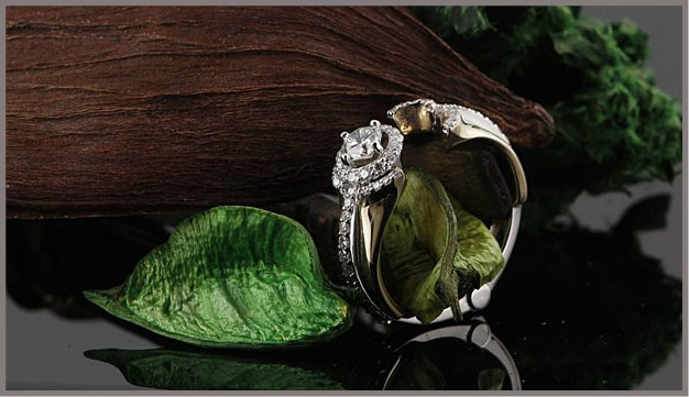 Engagement Ring with a Special Hinge Feature for Arthritis