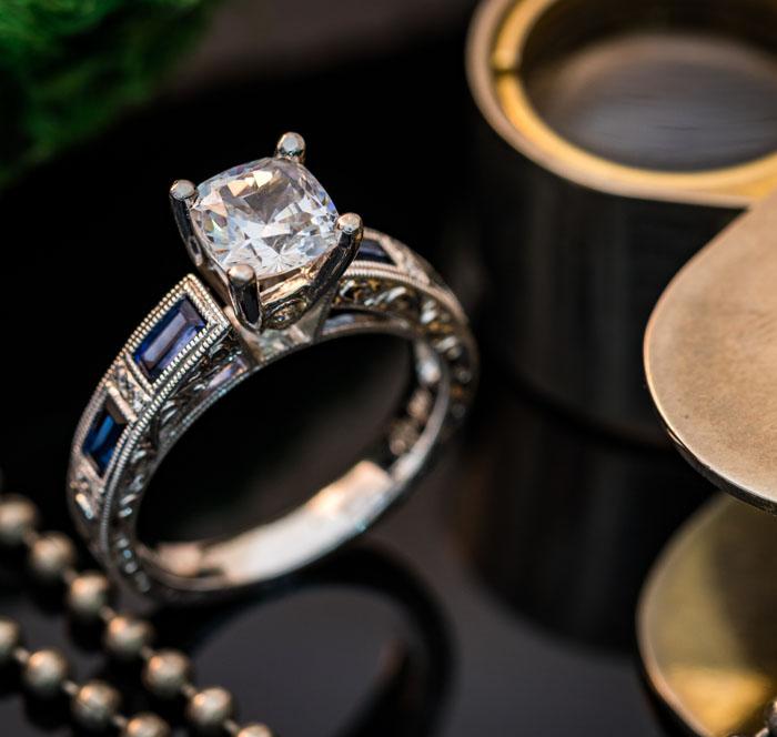 DIAMOND & SAPPHIRE ENGAGEMENT RING