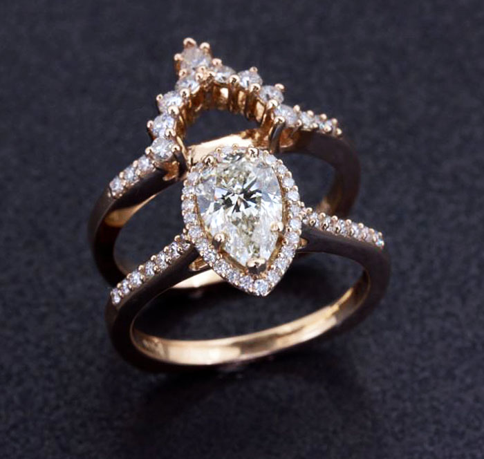 custom diamond engagement ring with band