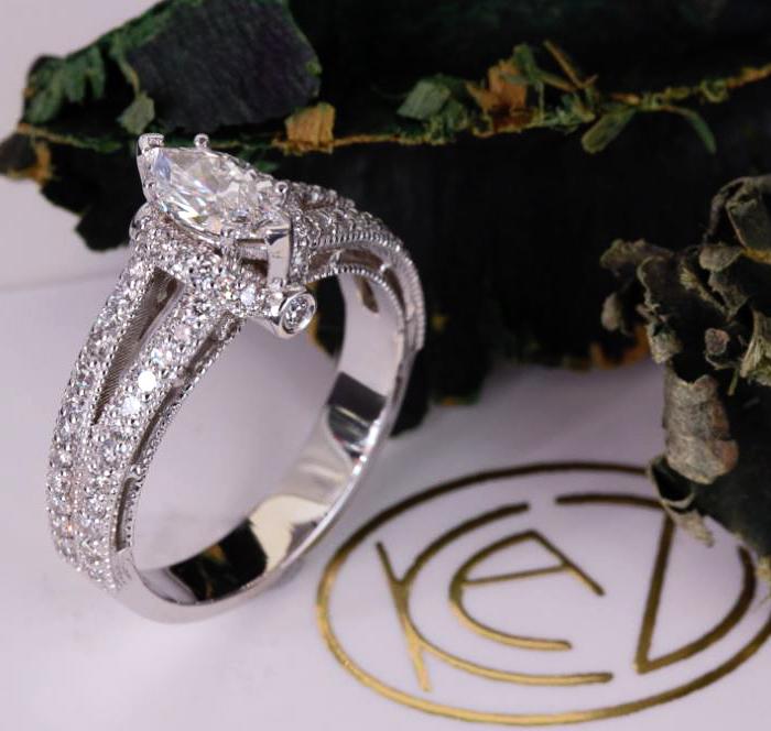 CUSTOM MARQUISE DIAMOND ENGAGEMENT RING